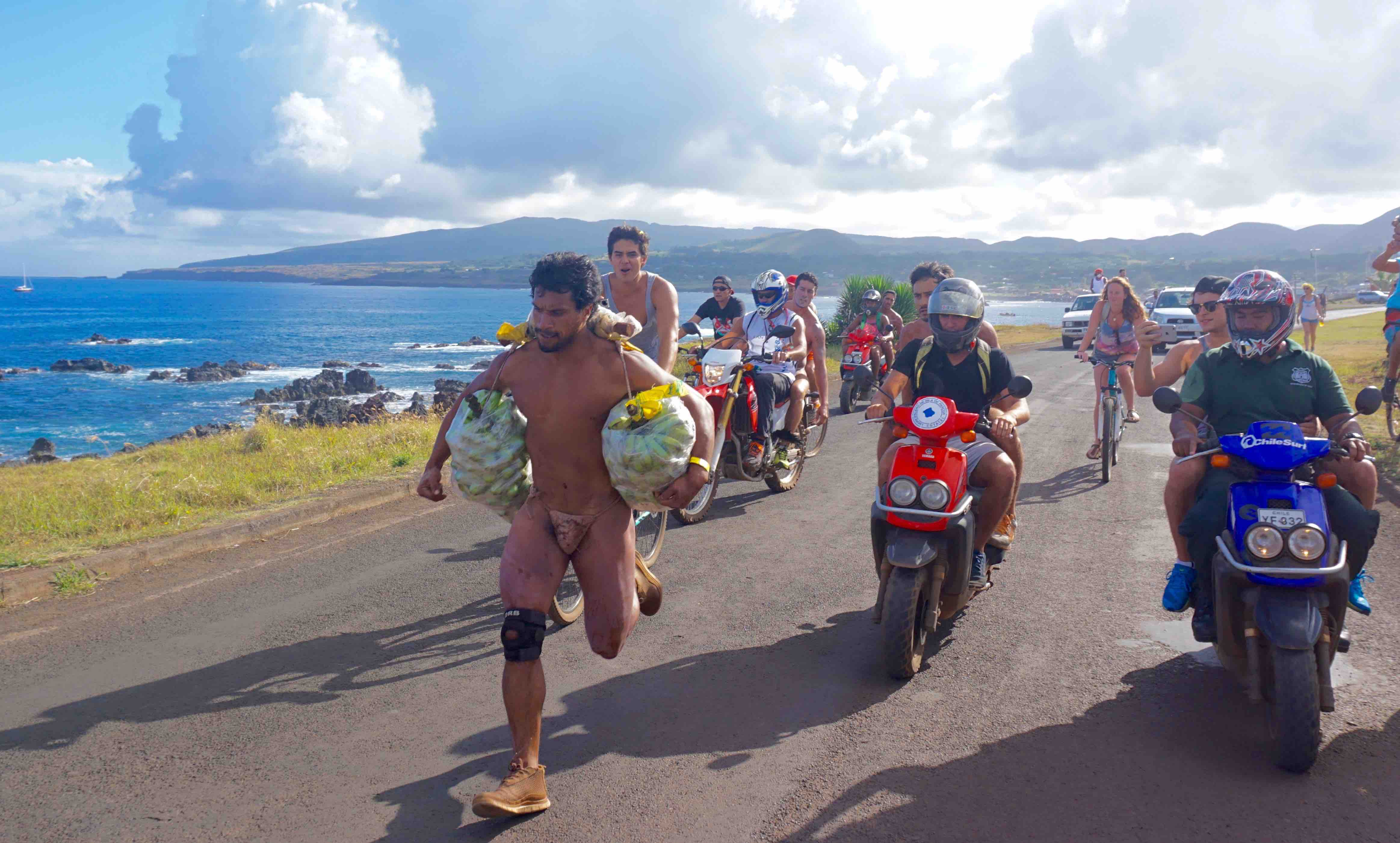 Rapa Nui oringial from Men's running trimmed